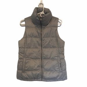 3/$25 Old Navy Puffer Vest Gray in Size Small